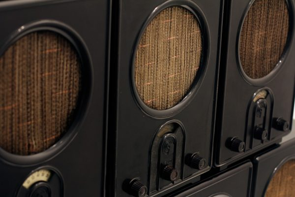 vintage speakers under 500 - featured